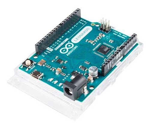 Placa Arduino LEONARDO, con el  microcontrolador ATmega32U4