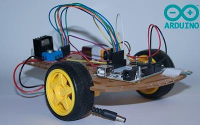 hacer un coche controlado por bluetooth Arduino