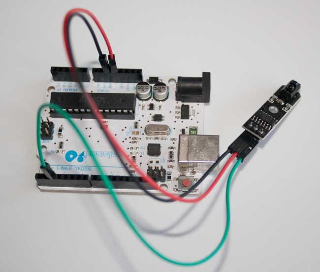 Montaje del sensor TCRT5000 con Arduino