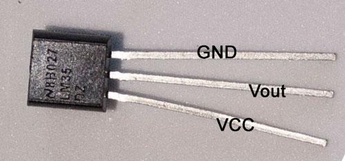 Sensor de temperatura analógico LM35.