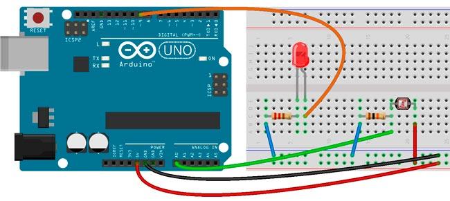 Esquema para cambiar la intensidad del LED y sensor LDR para Arduino