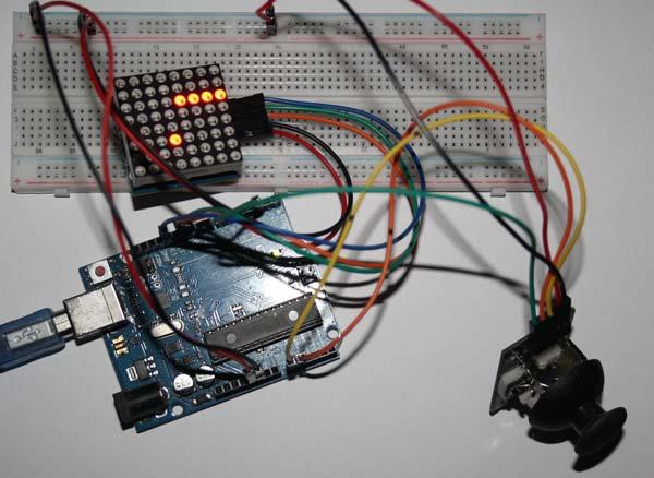 Imagen del juego de la serpiente con Arduino